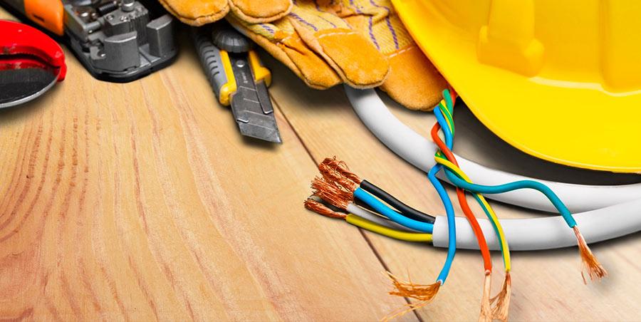 Rifacimento e manutenzione impianti elettrici a torino - Rifacimento bagno manutenzione ordinaria o straordinaria ...